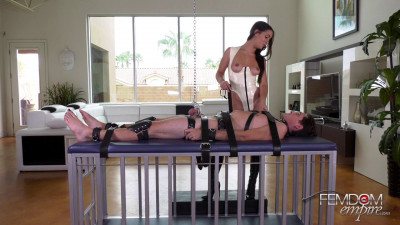 Description Alina Lopez - Chastity Boy-Toy