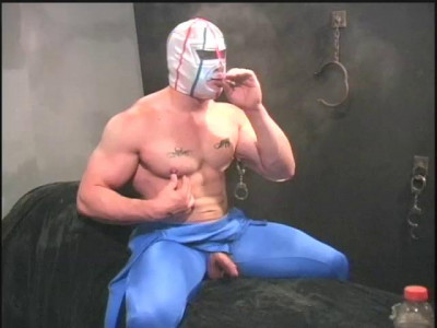 SmokingHunks DVD 304 Tauro Man in blue spandex