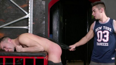 Hot Spanking Session With A Fresh, Muscled Chav Top - HD 720p
