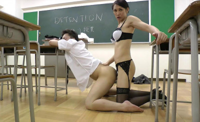 Julia Winston Gives Student A Schooling (720p)