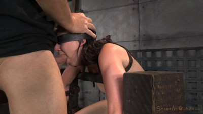 Amy Faye belted down onto sybian and does epic deepthroat