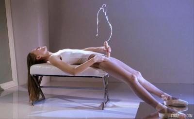 Ballerina Mia Reese's Cock Actually Cums