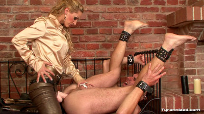 Fucked and Fisted By A Femdom Bitch - Full HD 1080p