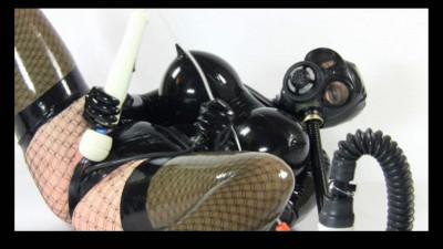 Rubber total gasmask