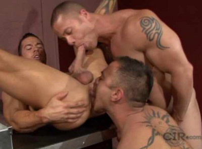 Perfect interracial fuck with muscle fuckers