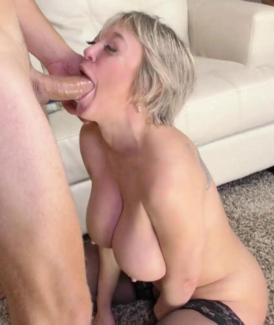 Dee Williams Horny Babe With Huge Tits Loves Getting A Cock 1080p