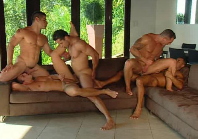 Hot Tropical Fuck With Gangbang