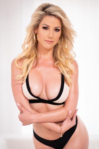 Kit Mercer - Big Tits Blonde Loves Cock FullHD 1080p