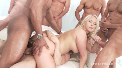 Big butt slut in anal orgy with double anal