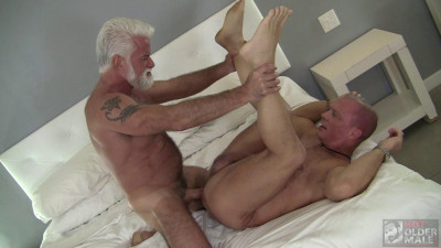 Hot Older Male – Jake Marshall and Stone Dixxxon
