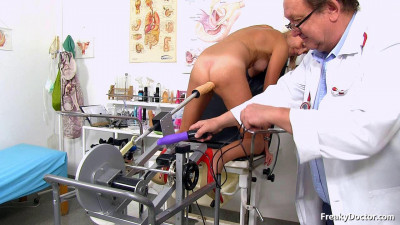 Treatment by a gynecologist with a sex machine