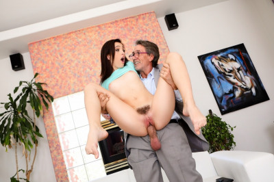 Brooke Haze - Horny Old Dude (2018)