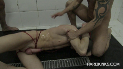 Description HardKinks Dominated In The Shower part 2