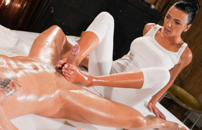Shalina Devine - Oily cock massage with hot Romanian (2019)