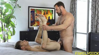 Description FamilyD - Oliver Star & Kristofer Weston - A Love - Gains