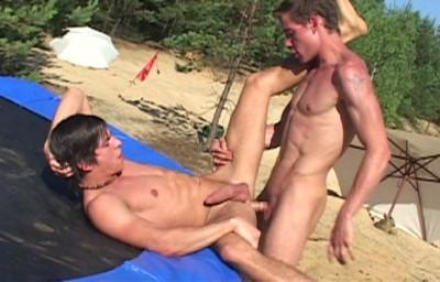 Bareback Frisbee Sluts