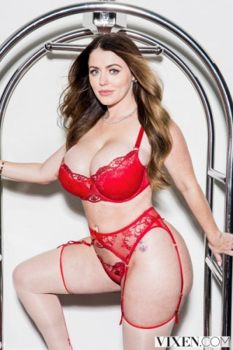Sophie Dee - Insatiable FullHD 1080p