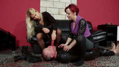 Lady Zita, Lady Maggie - Helpless On The Floor