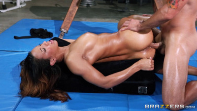 Hot Action With A Girl Gymnast After A Workout