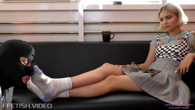 Karina Time to relax Foot worship