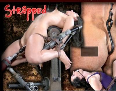 Description Strapped - Wenona