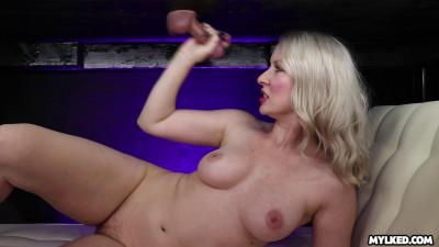 Blonde babe gets sprayed with cum