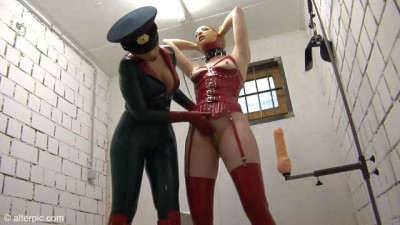 In the Jail Cell – Anna Rose & Valentina