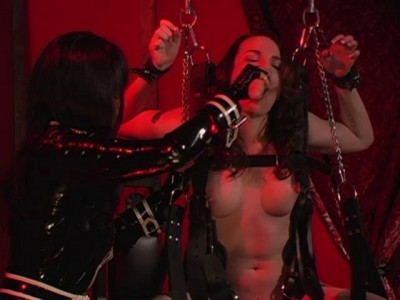 Pleasure Slaves (strap, rub, fuck, play, download)