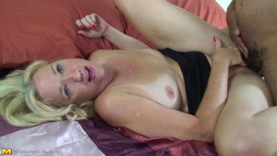 USA Mature Housewives Video Set