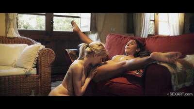 Melody Petite & Olivia Sin - 1, 2, 3, Kiss