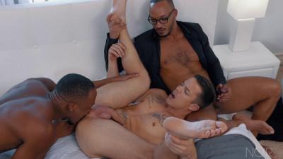 Description Noir Male - The Gift - Trent King, Nic Sahara and Dillon Diaz 1080p
