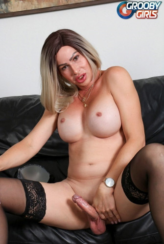 Dina's Big Cumshot