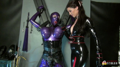 Mistress Susi - The Rubber Doll At The Cross