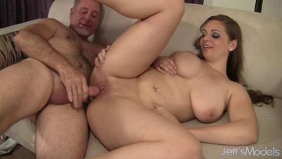 Jessica Roberts - Happy Big Titty Fuck
