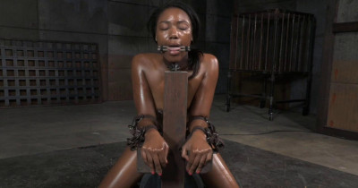 Stunning Chanell Bound To Sybian With Brutal Drooling Deepthroat
