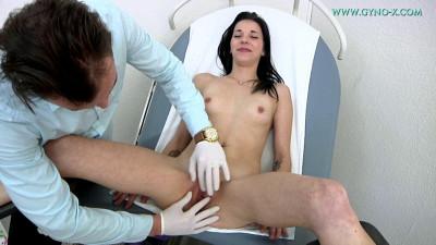 Bea Cee (24 years girl gyno exam)