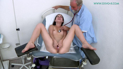 19 years Girls Gyno Exam - Krystal Tailor - Full HD 1080p
