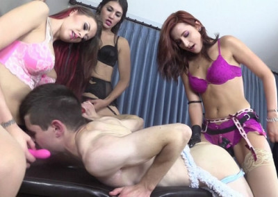 Alexis Amadahy & Jade - Sissy Strap On Training