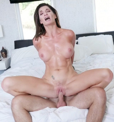 Silvia Saige Bitter Mylf Finds Happiness In Sweet Interns Cock 720p