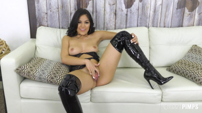 Kendra in Lace and Latex Live HD