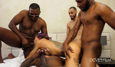 Blacked Gangbang For White Slut