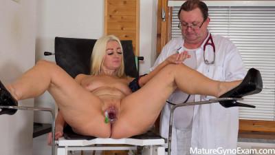 Old pussy exam of hot mature Miya