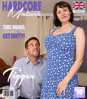 Tigger - British big breasted housewife fucking and sucking FullHD 1080p