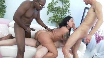 Huge butt latina slut Monica Santiago loves brutal anal fucking