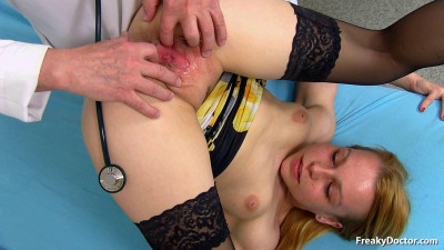 Description Rebeka Black (19 years girls gyno exam)