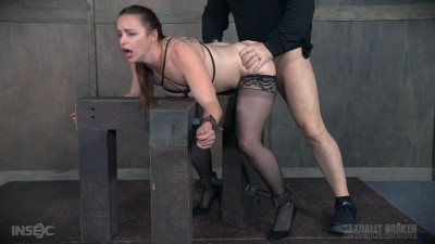 Bella Rossi BaRS – Bound like a dog, and collared
