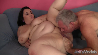 Description Alexxxis Allure - Chunky Sex Time
