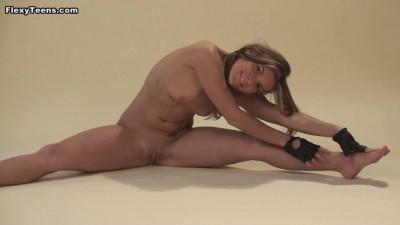 Pack1 – Nude gymnastics(2006-2016)