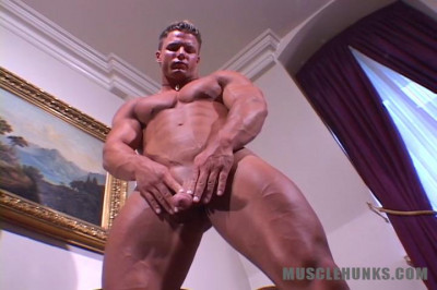 MuscleHunks — Muscles from Heaven