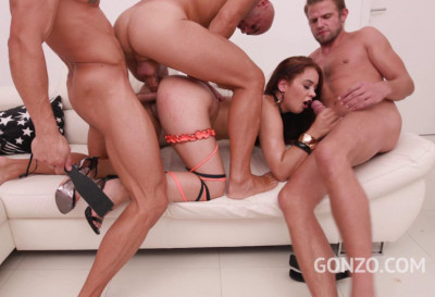 Ginebra Bellucci Gangbanged By Big Dicks With First Double Anal